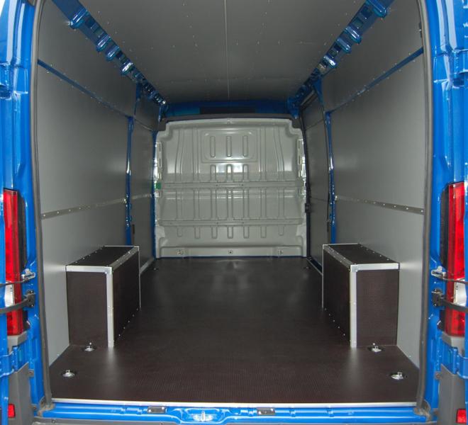 Zabudowy samochodów dostawczych Agra, Rzeszów, podkarpacie - podłogi antypoślizgowe